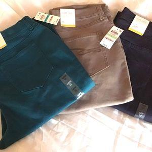 Style & Co Jeans - Style & Co Tummy Control Slim Leg Jeans Size 6